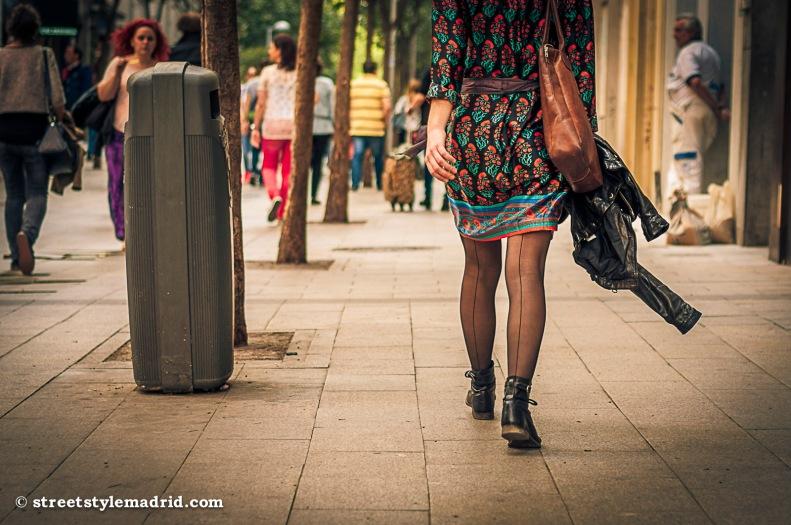 Medias con botas.