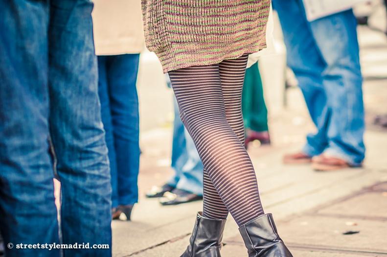 Medias fantasía, vestido punto, street style madrid.