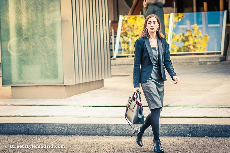 Street style madrid, vestido, chaqueta, bolso