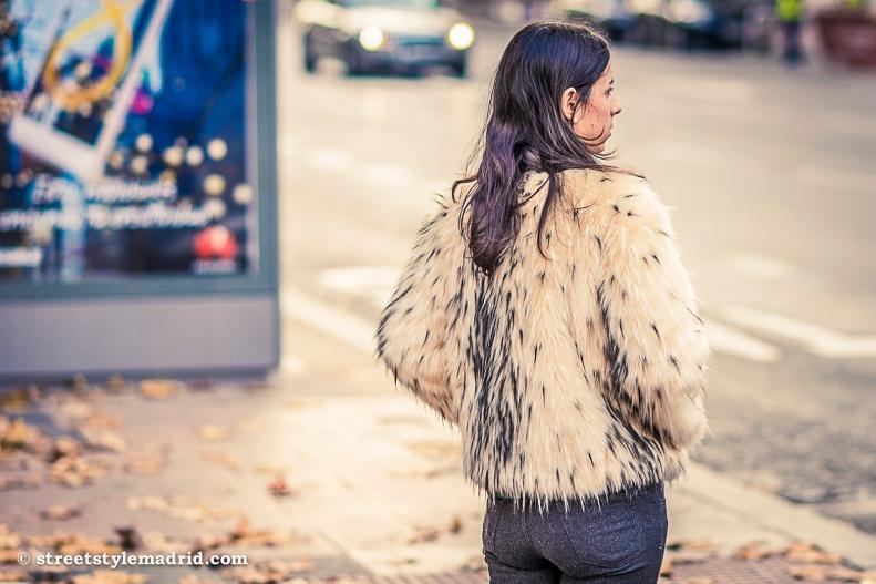 abrigo de pelo blanco, street style madrid