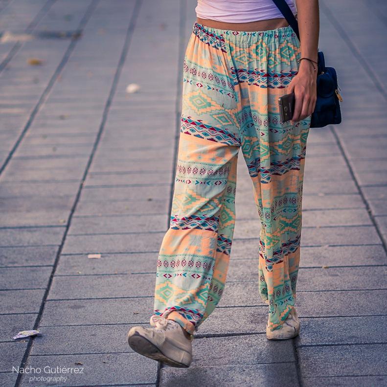 Pantalón amplio cómodo etnico