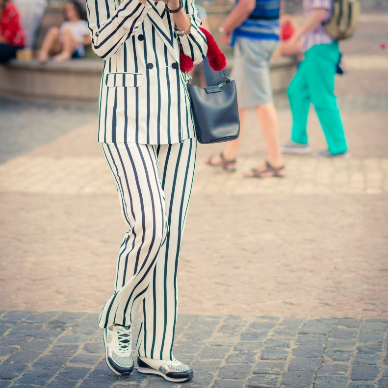 street style, madrid, moda, fashion, ootd, streetstyle, rayas, traje, suit