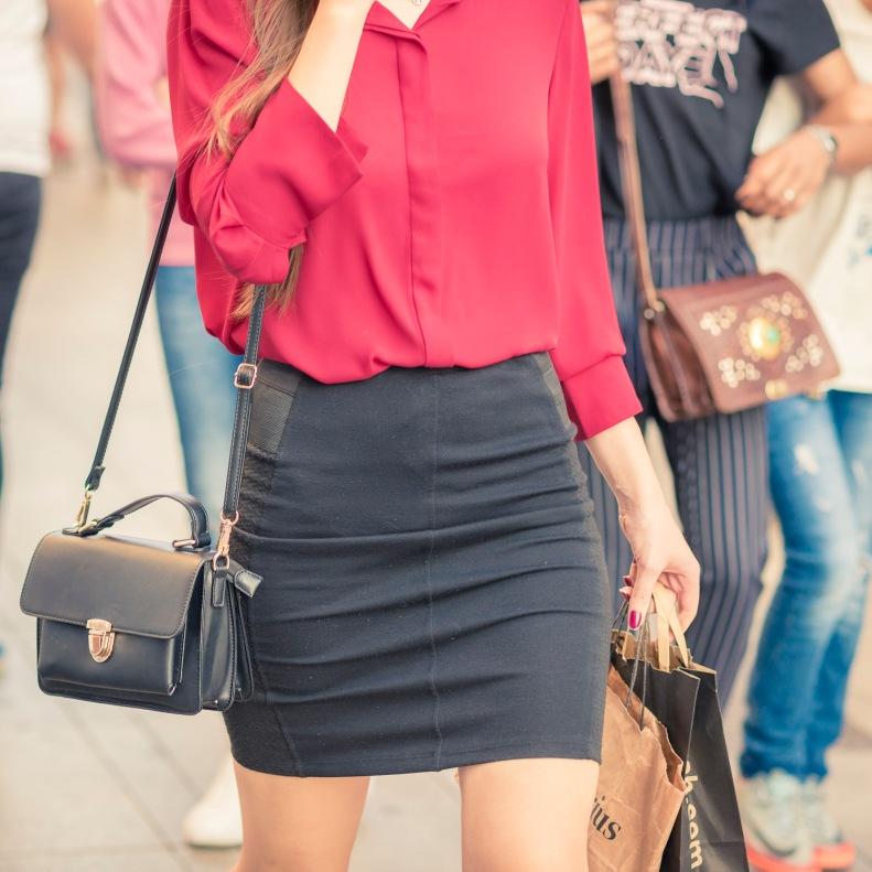 street style, madrid, moda, fashion, ootd, streetstyle, falda, blusa roja